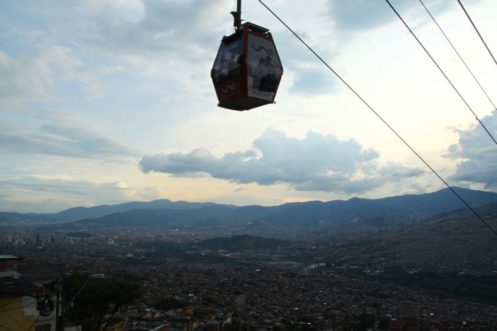 A view of Medellín, Colombia from up top on el téleferico